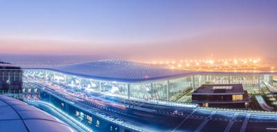 美的中央空调大型冷水机组入驻国内单体最大智慧空港——广州白云国际机场T2航站楼