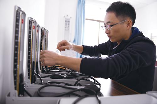 广东省质监局医用计量器具检定对口援藏纪实